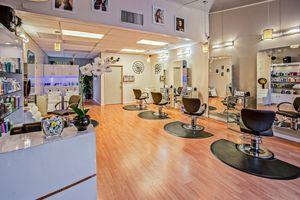 Оборудване за фризьорски салон 3 - салон
